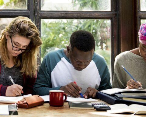 Benefits-of-Studying-Entrepreneurship-in-College
